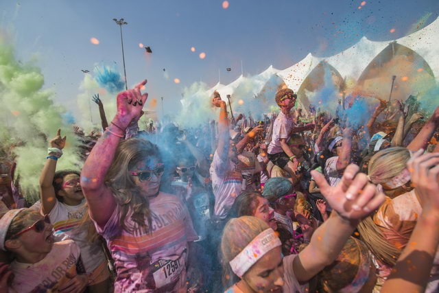 The Color Run ready to 1 [qatarisbooming.com].jpg