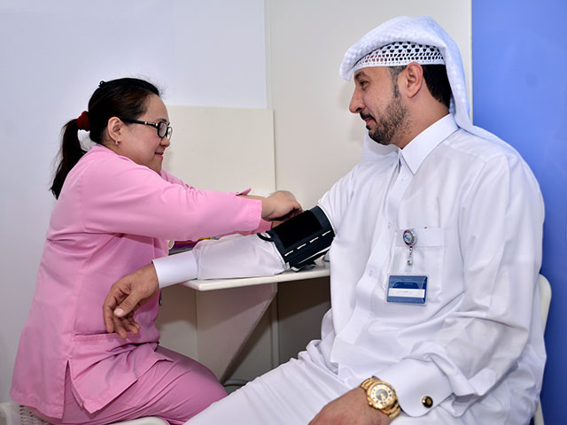 Action on Diabetes campaign visits 2 [qatarisbooming.com].jpg