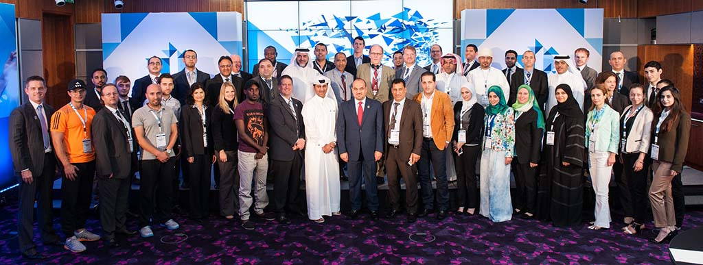 Speakers and delegates who participated 3 [qatarisbooming.com].jpg