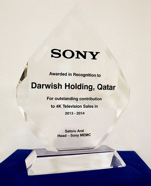 Sony honours Darwish Holding for 2 [qatarisbooming.jpg