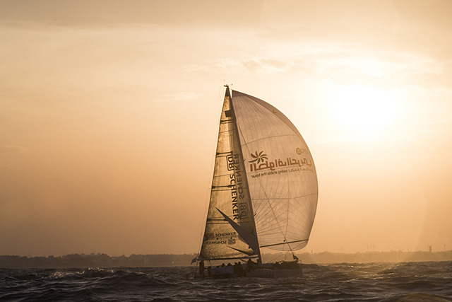 Omani sailing in fine form as Team 3 [qatarisbooming.com].jpg