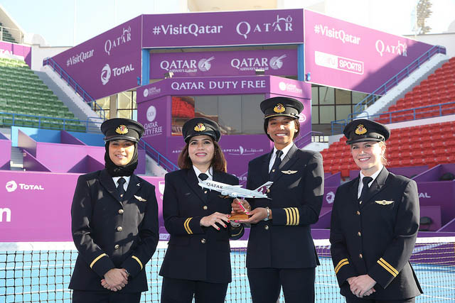 Qatar Airways and QDF welcome 2 [qatarisbooming.com].jpg