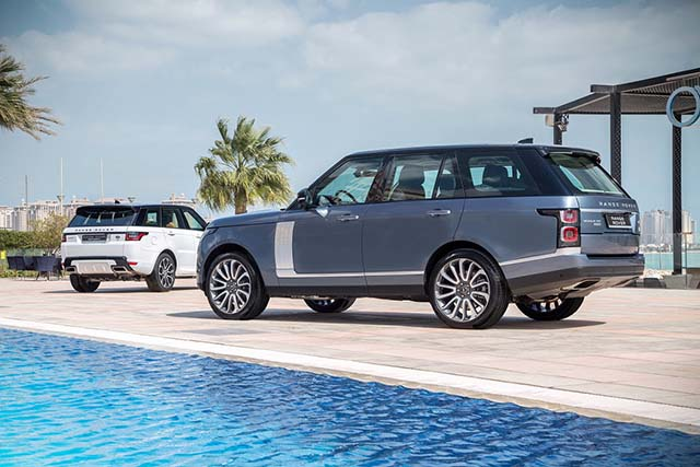 The new 2018 Range Rover 3 [qatarisbooming.com].jpg