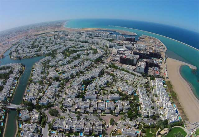 al mouj muscat offers growing investment opportunities for qataris in oman