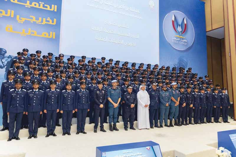 Prime Minister attends Police 2 [qatarisbooming.com].jpg