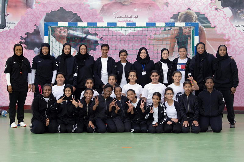 Team Qatar's female handball 2 [qatarisbooming.com].jpg