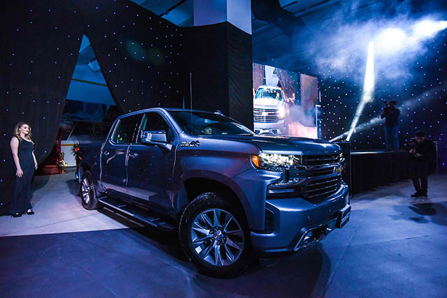 Chevrolet showcases three new 2 [qatarisbooming.com].jpg