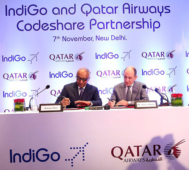 Qatar Airways and IndiGo sign 2 [qatarisbooming.com].jpg