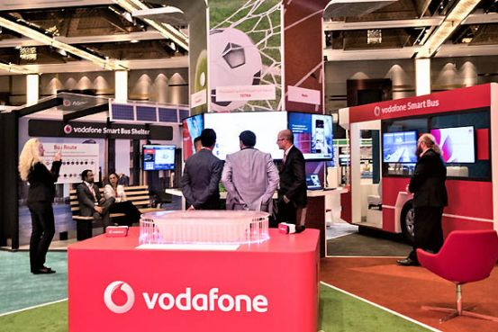 leadership style of vodafone Management style is so hard to put your finger on, but i think in general a good manager gives clear directions and actually stays pretty hands-off, but is ready and available to jump in to offer.