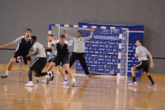 how to run a handball competition